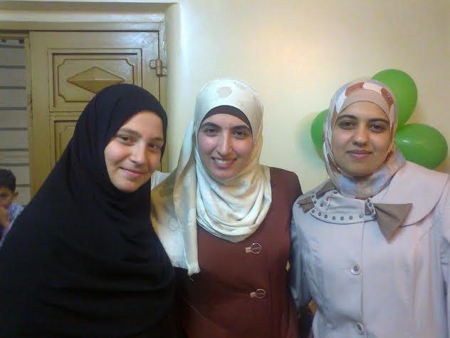 إسلام وأفنان وفاطمة ( أسيرات في 2012، عرائس وأمهات 2013)