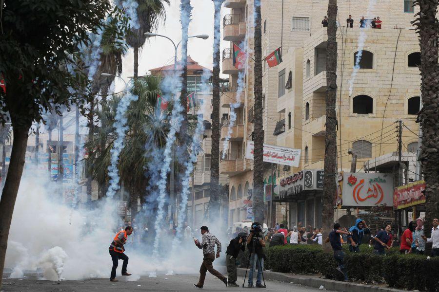 """حين أطلق الاحتلال لفظ """"انتفاضة"""""""