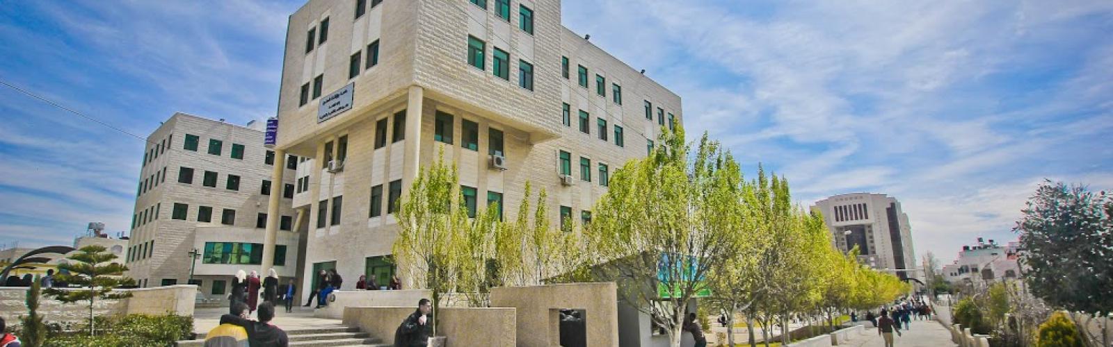 تأثير عسكرة جامعة بوليتكنك فلسطين على حرية الرأي
